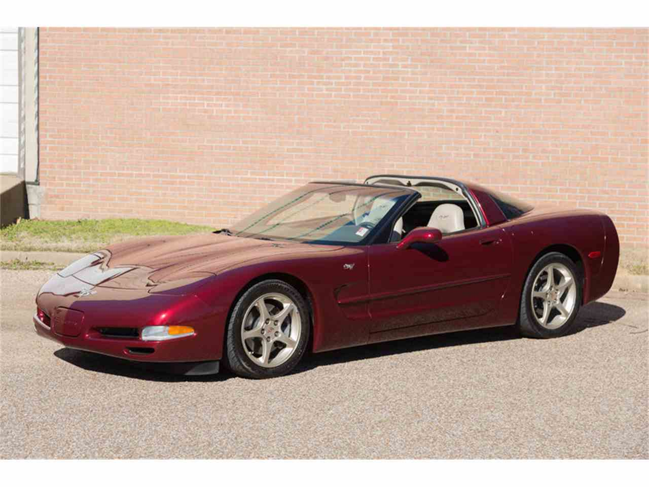 Large Picture of '03 Chevrolet Corvette - $25,900.00 - LTSQ