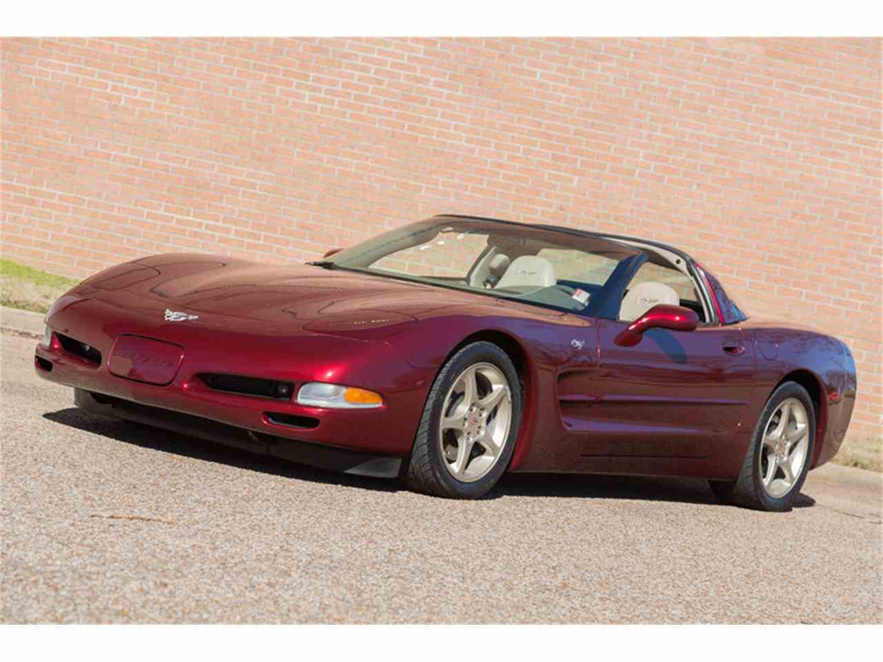 Large Picture of '03 Chevrolet Corvette located in Tennessee Offered by Art & Speed - LTSQ