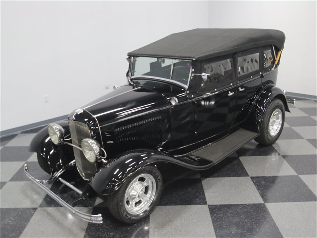 Large Picture of 1932 Ford Phaeton located in Tennessee Offered by Streetside Classics - Nashville - LTSW