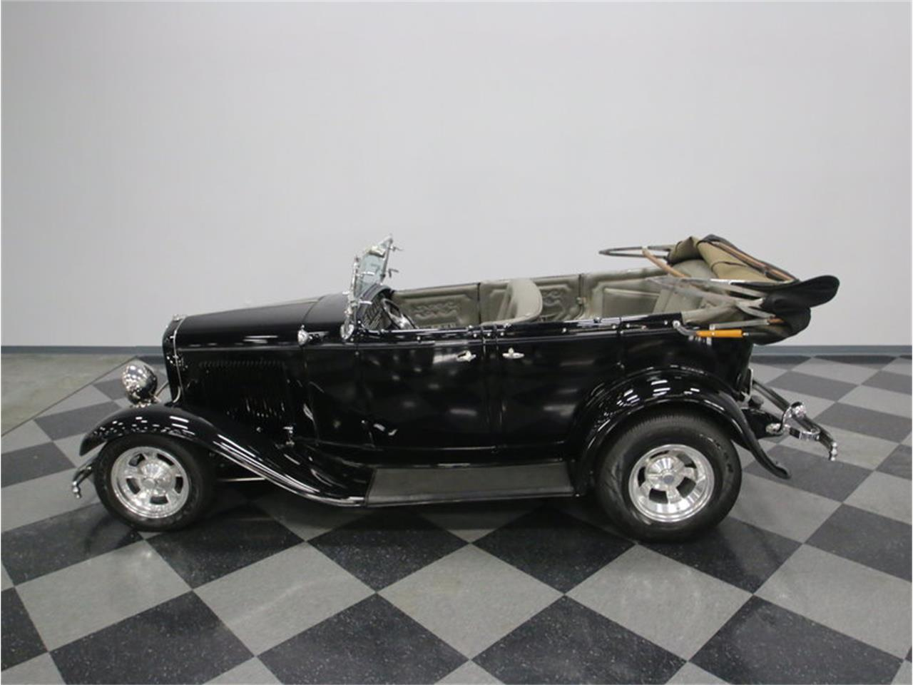 Large Picture of '32 Phaeton Offered by Streetside Classics - Nashville - LTSW