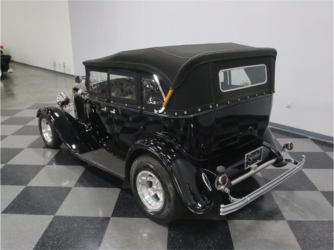 Large Picture of '32 Ford Phaeton Offered by Streetside Classics - Nashville - LTSW