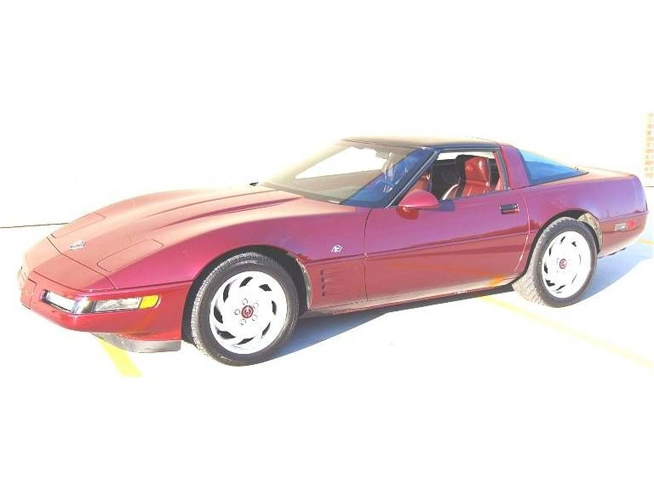 Large Picture of '93 Chevrolet Corvette located in Annandale Minnesota Offered by Classic Rides and Rods - LTU4