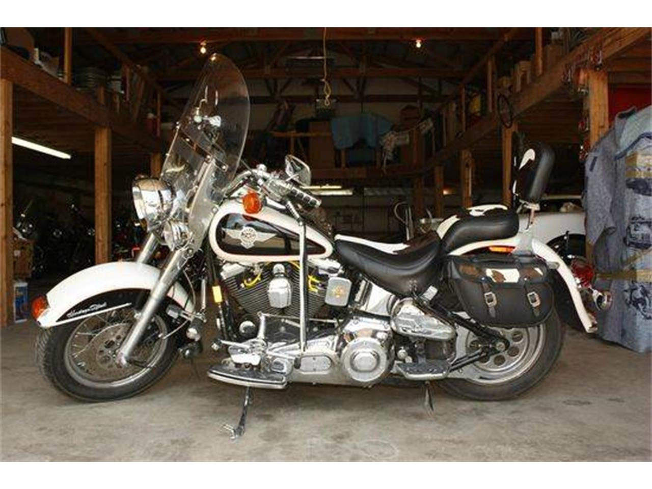 Large Picture of 1993 Heritage Softail Special located in Effingham Illinois Offered by Heartland Classics - LNZ5