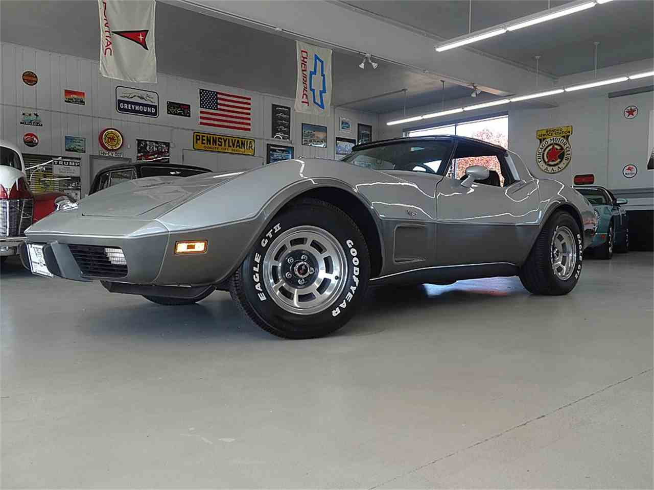 Large Picture of '78 Corvette - LTVW