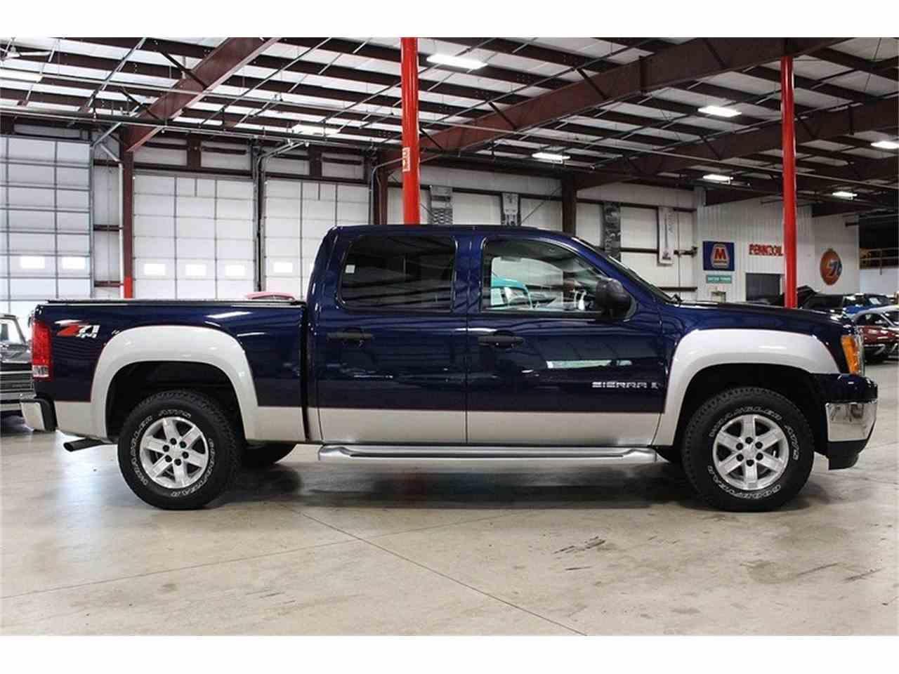 Large Picture of '09 Sierra - LTYC