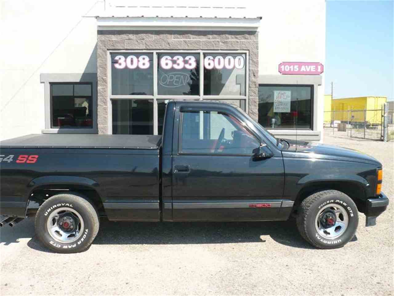 Large Picture of 1990 C/K 1500 Offered by Steve's Auto Sales Inc. - LU03