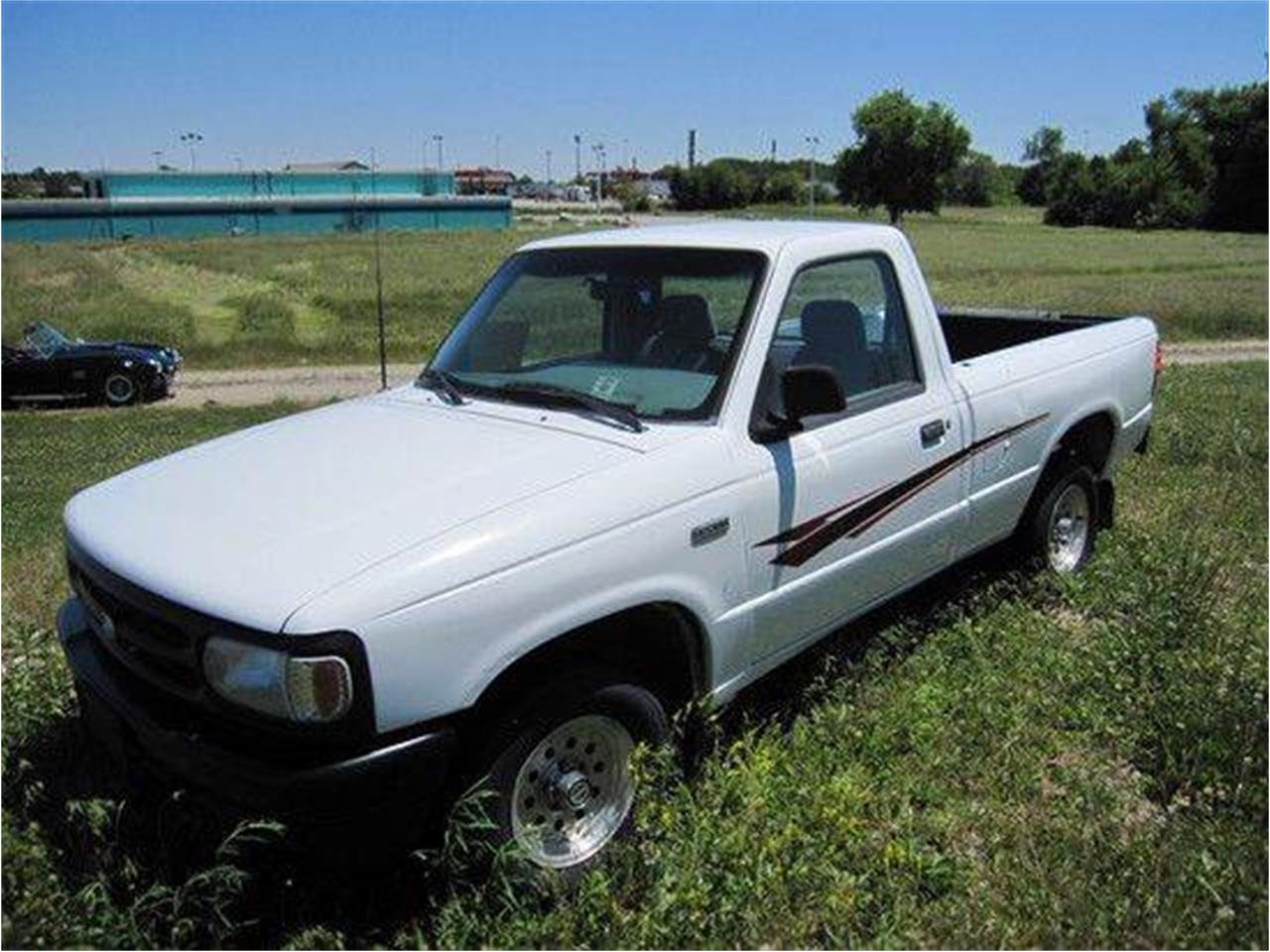 Large Picture of '94 Mazda B-Series Pickup located in Effingham Illinois Offered by Heartland Classics - LO00