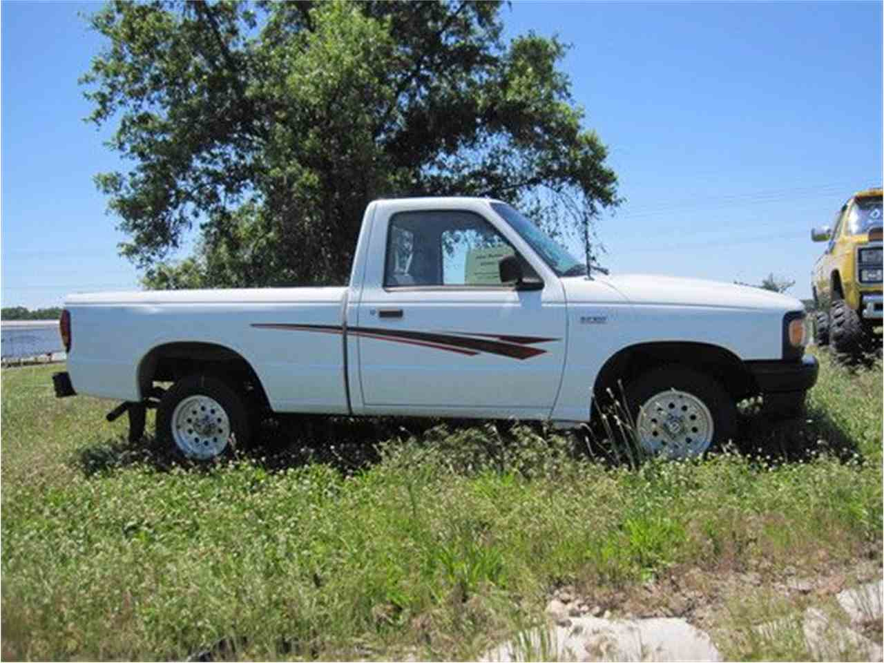 Large Picture of '94 B-Series Pickup - LO00