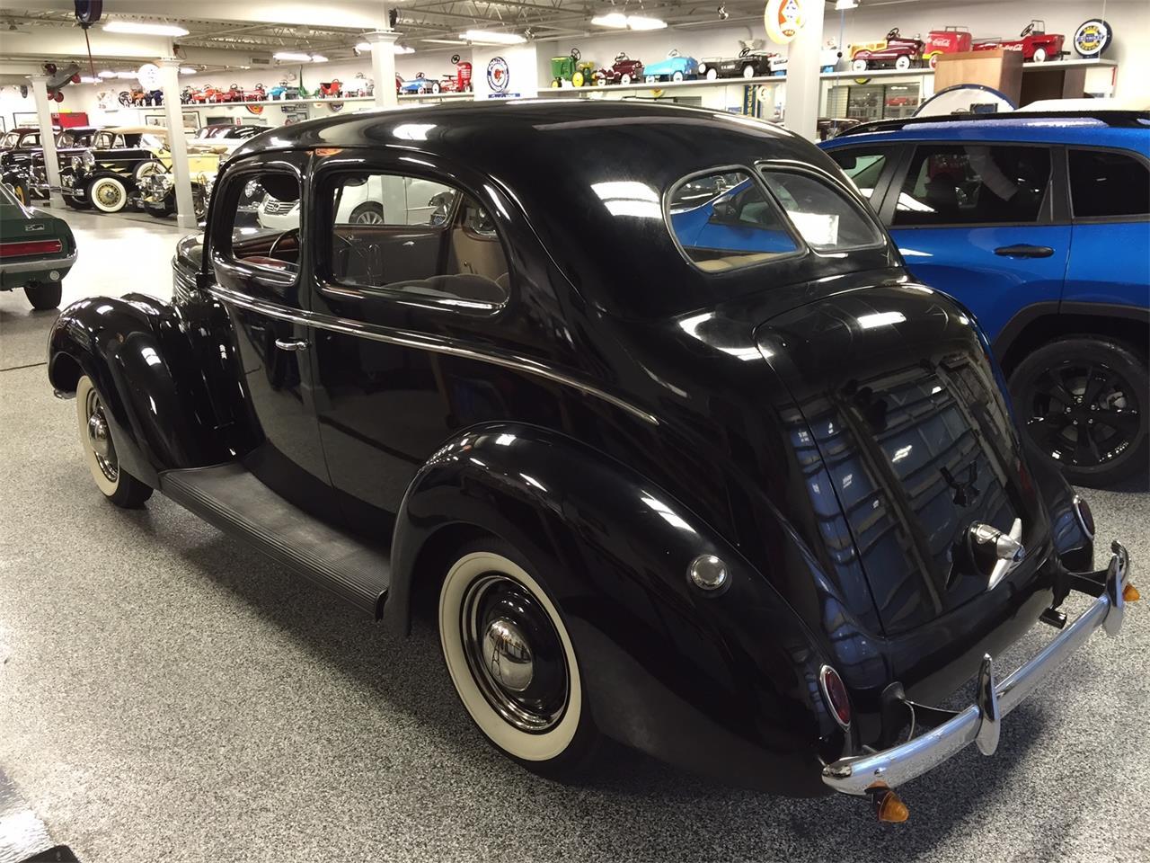 Large Picture of '38 Sedan located in Kansas - LU5R