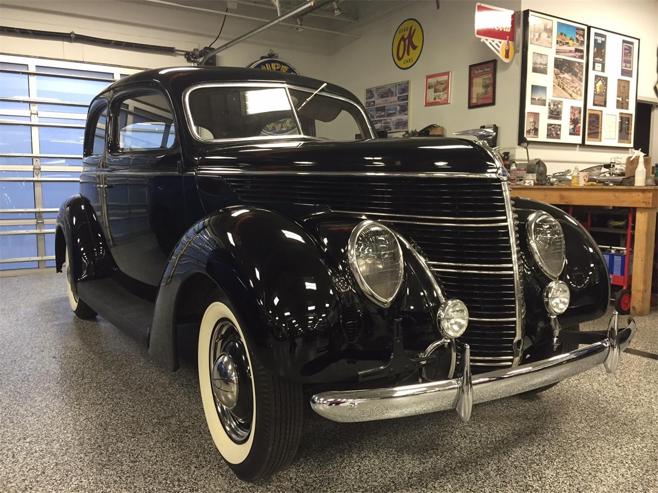 Large Picture of Classic '38 Sedan located in Kansas - LU5R