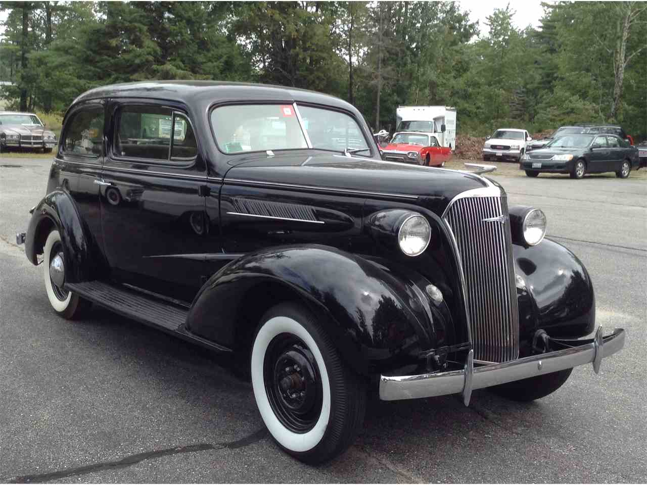 Large Picture of '37 2-Dr Sedan - LU5X