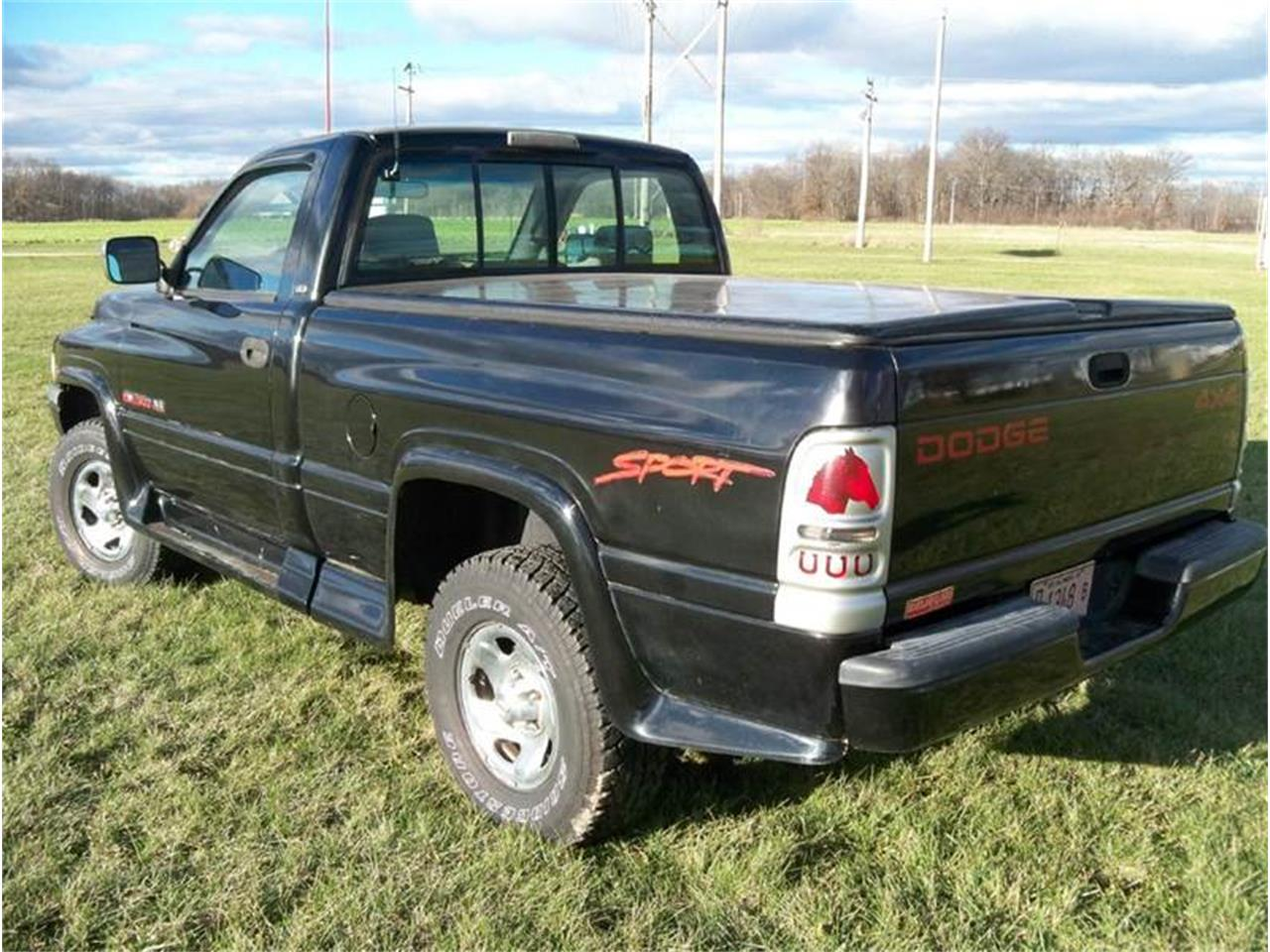 Large Picture of '96 Ram 1500 - LO0Q