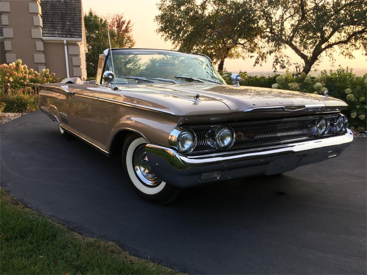 Large Picture of Classic '60 Mercury Park Lane - LUBA