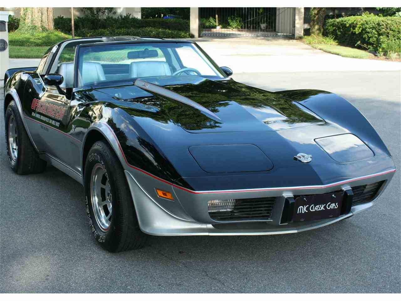 Large Picture of '78 Corvette - LUBV