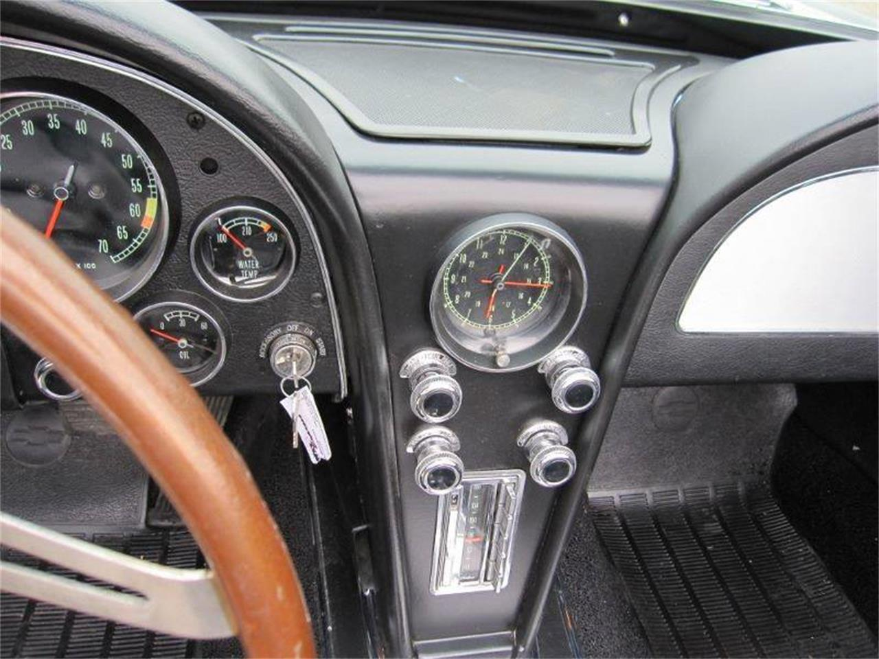 Large Picture of '67 Corvette - $74,995.00 Offered by Heartland Classics - LO0W