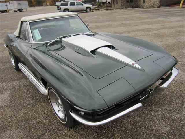 Picture of '67 Corvette - LO0W