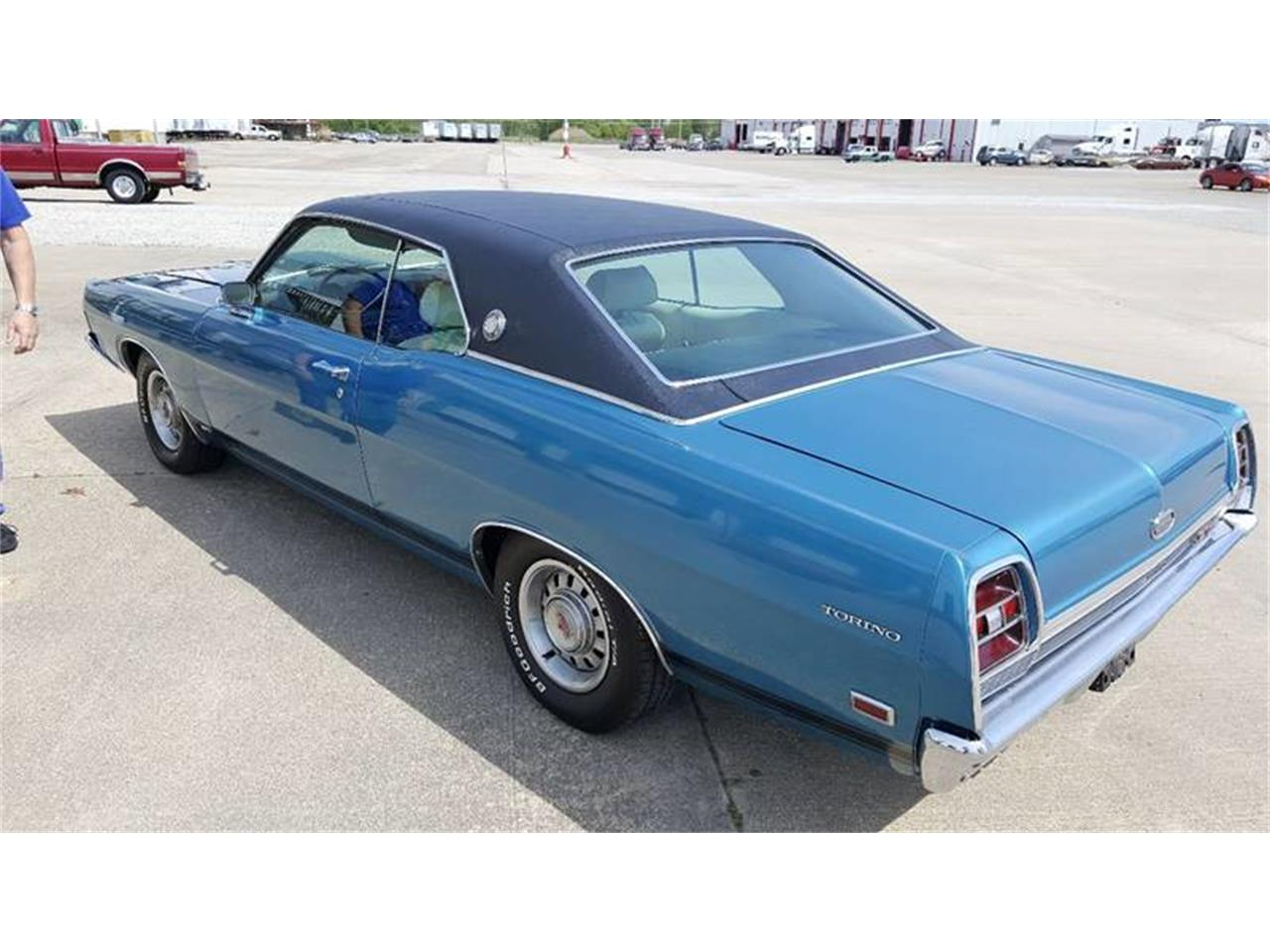 Large Picture of Classic 1969 Ford Torino - LO15