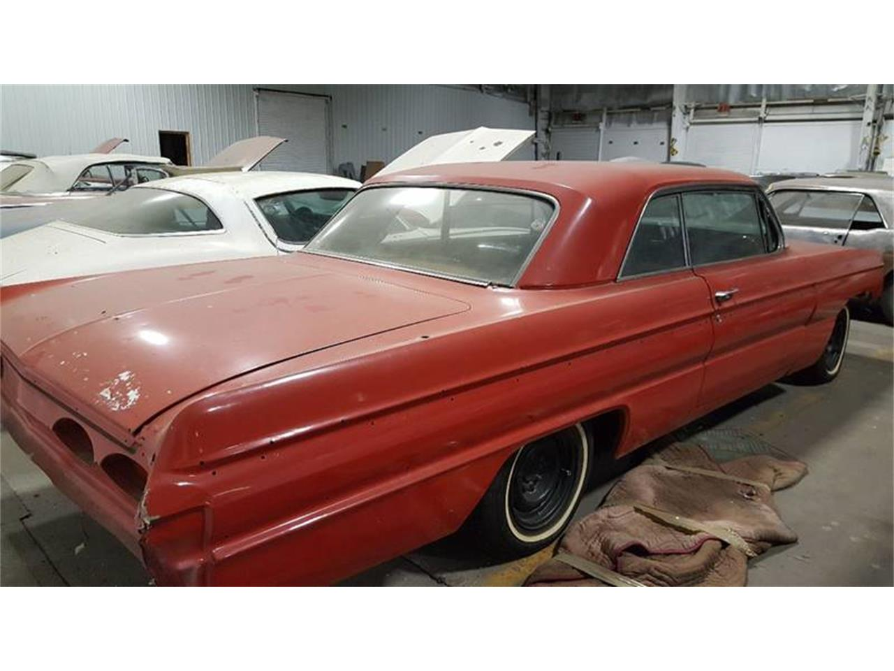 Large Picture of Classic 1962 Oldsmobile Starfire located in Effingham Illinois - $9,995.00 - LO16
