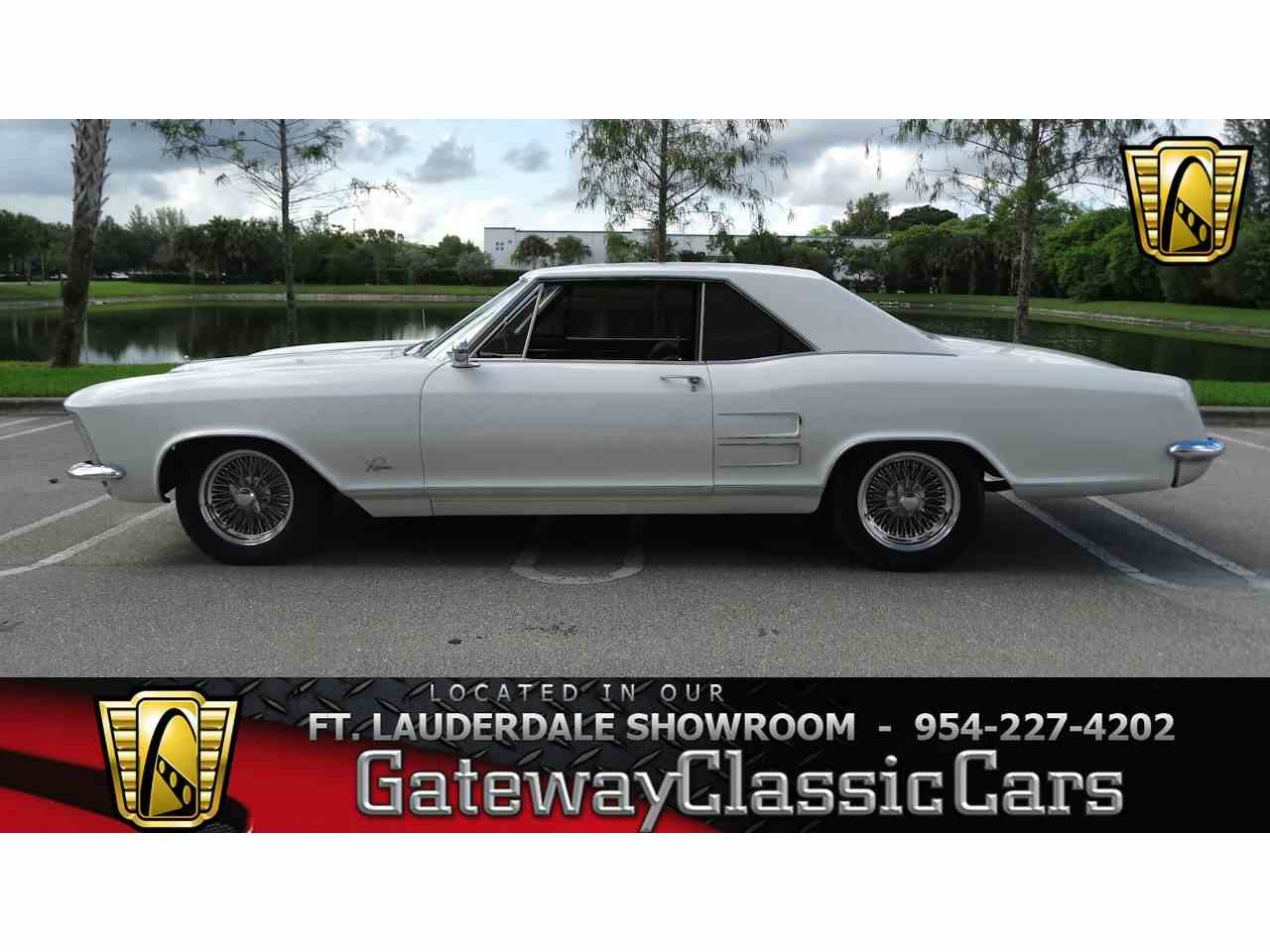 Large Picture of 1964 Buick Riviera - LUJQ