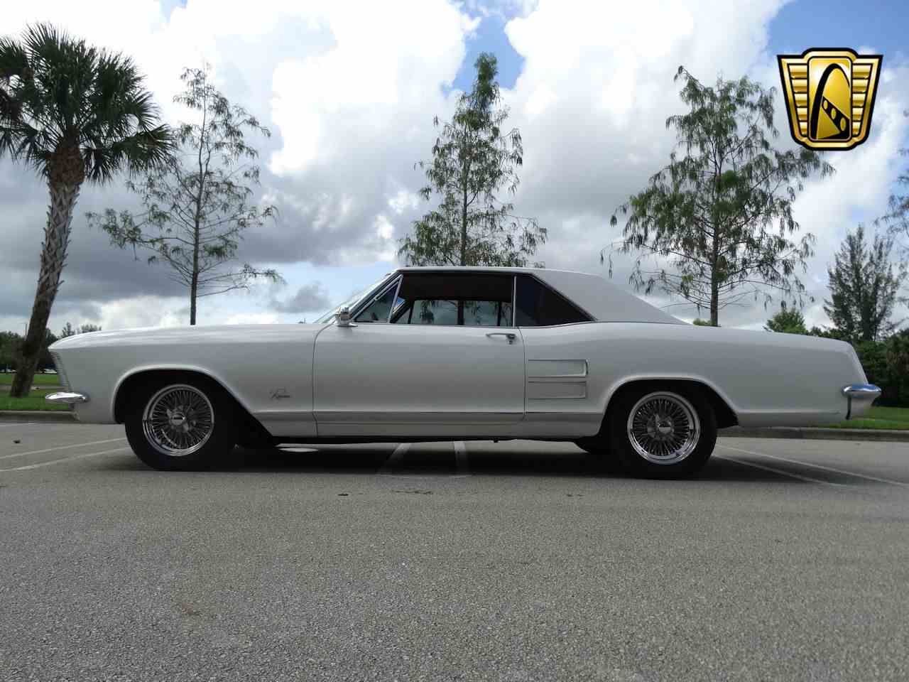 Large Picture of Classic '64 Riviera located in Coral Springs Florida - $22,595.00 Offered by Gateway Classic Cars - Fort Lauderdale - LUJQ