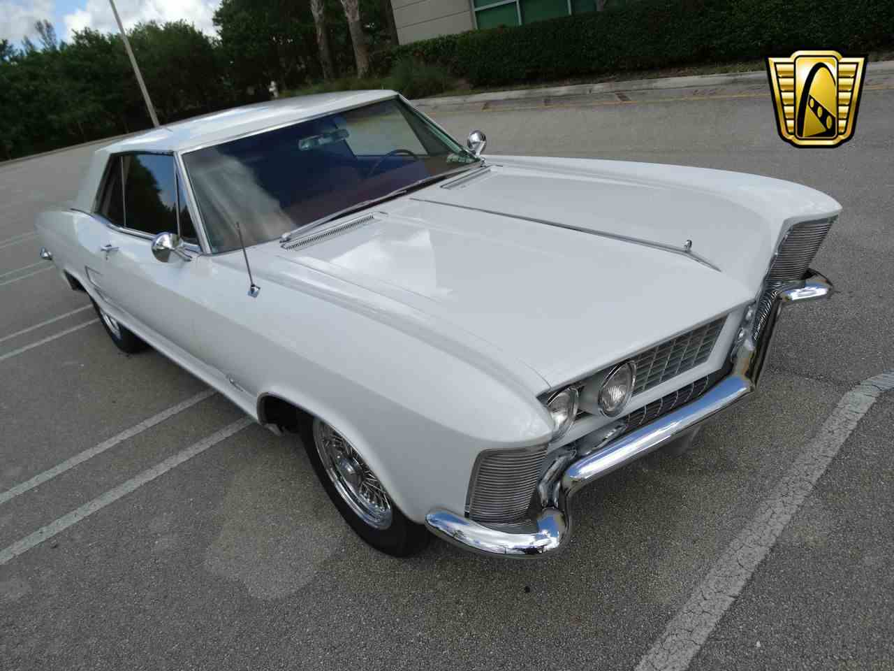 Large Picture of Classic '64 Riviera - LUJQ