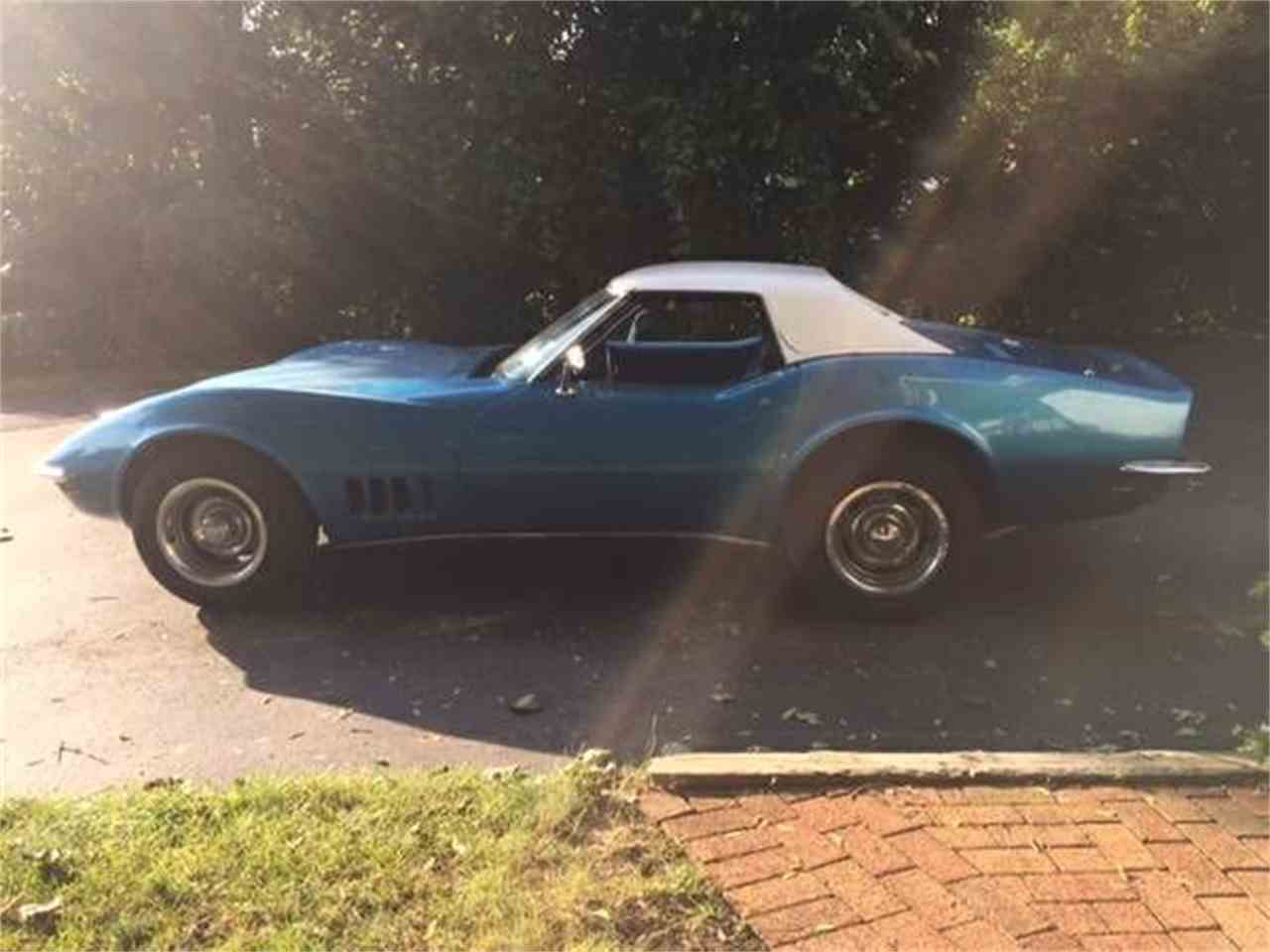 Large Picture of '69 Corvette - LUKA
