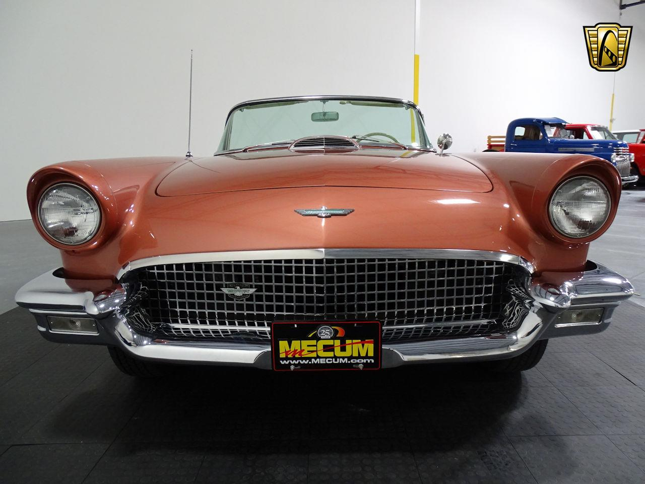 Large Picture of '57 Ford Thunderbird located in Houston Texas - LUKB