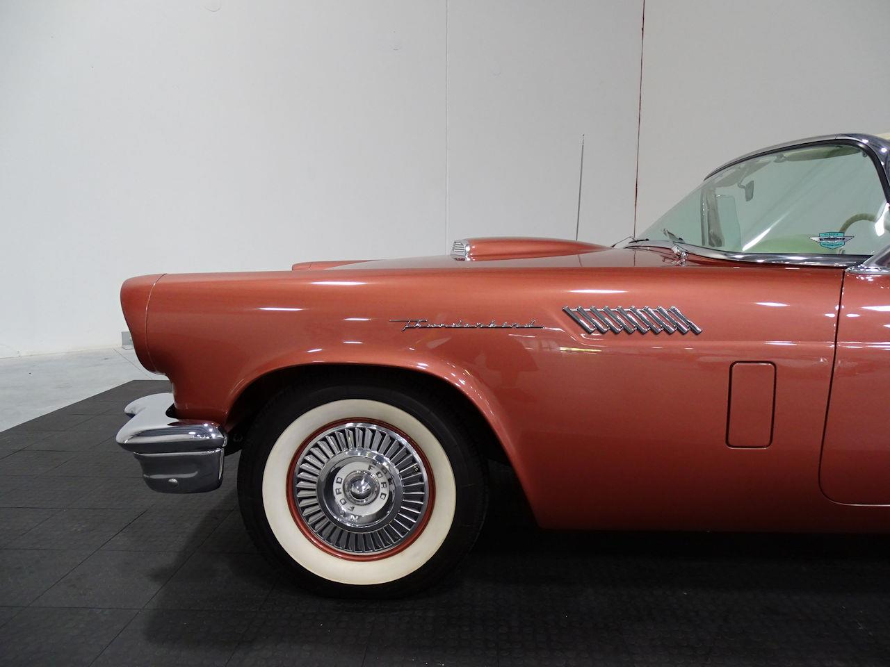 Large Picture of Classic 1957 Thunderbird located in Texas - LUKB