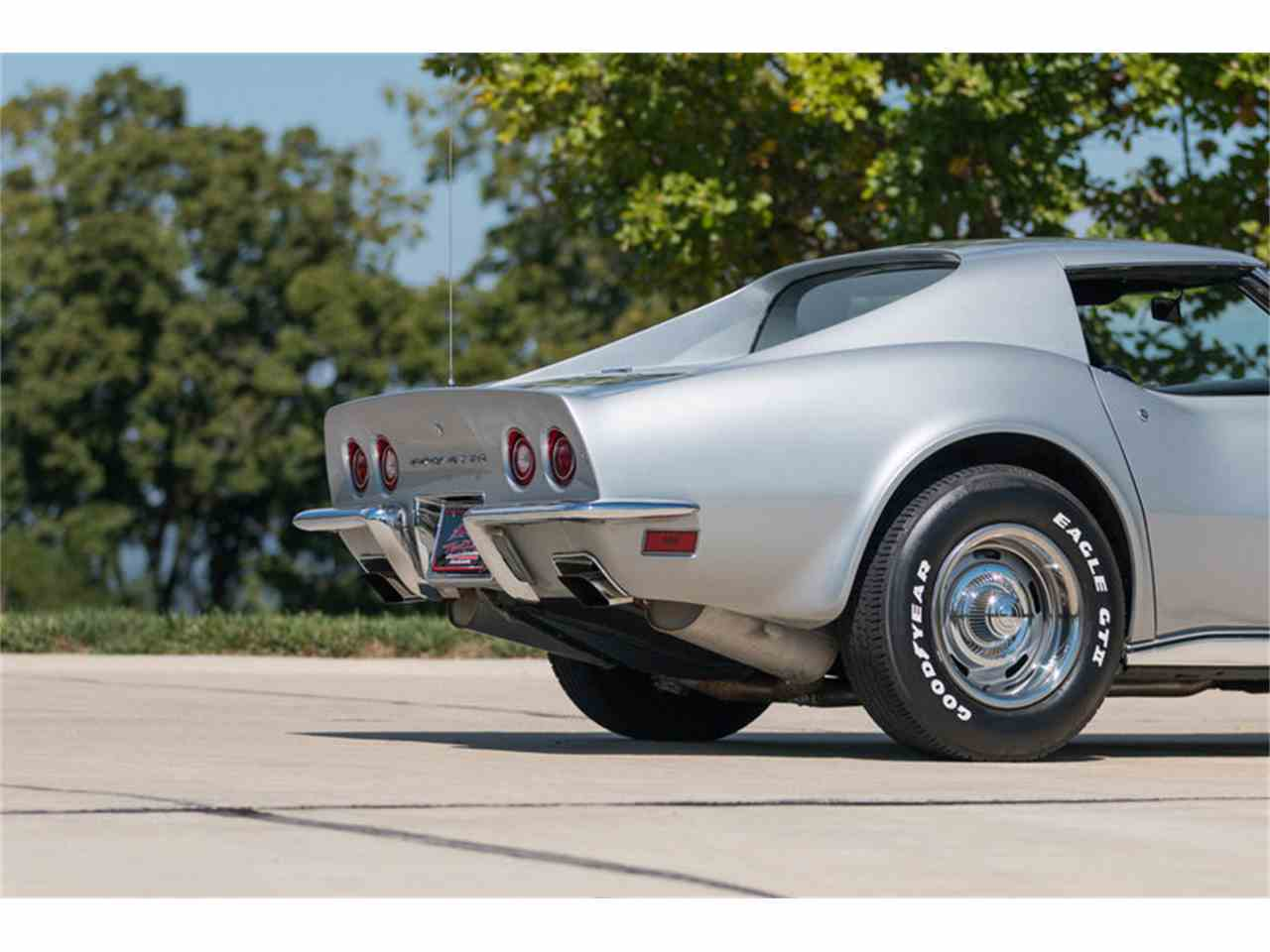 Large Picture of '73 Corvette located in St. Charles Missouri - LUKQ