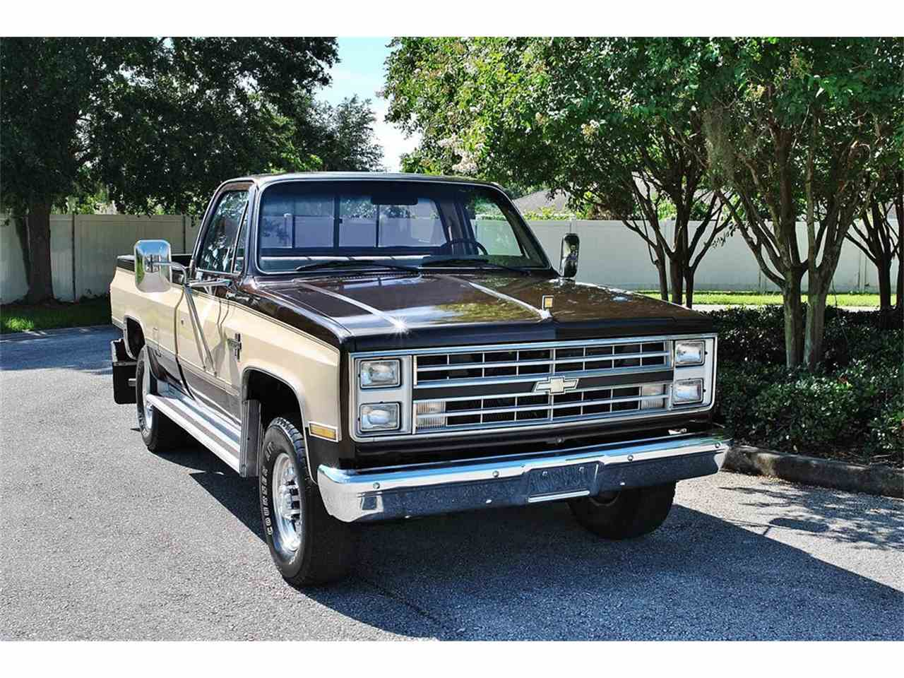 Large Picture of 1986 C/K 20 - $17,900.00 - LUL6
