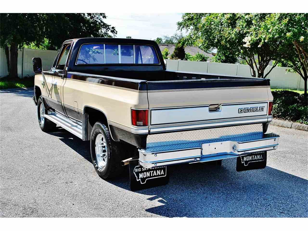 Large Picture of '86 Chevrolet C/K 20 located in Lakeland Florida - LUL6