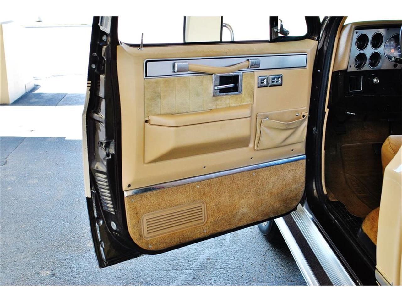 Large Picture of '86 C/K 20 - $17,900.00 Offered by Primo Classic International LLC - LUL6