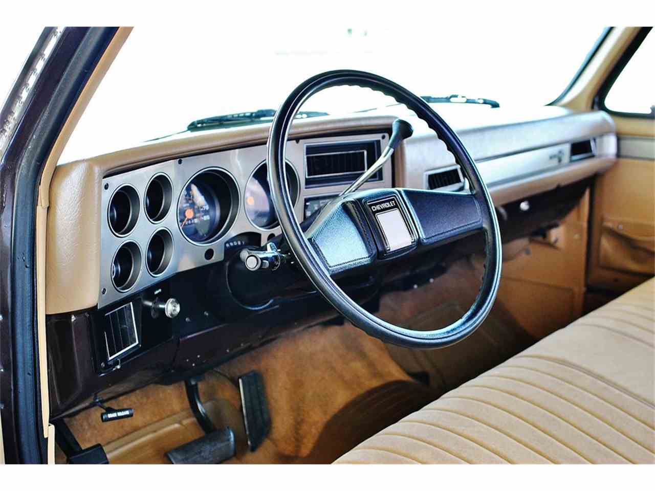 Large Picture of '86 Chevrolet C/K 20 - LUL6