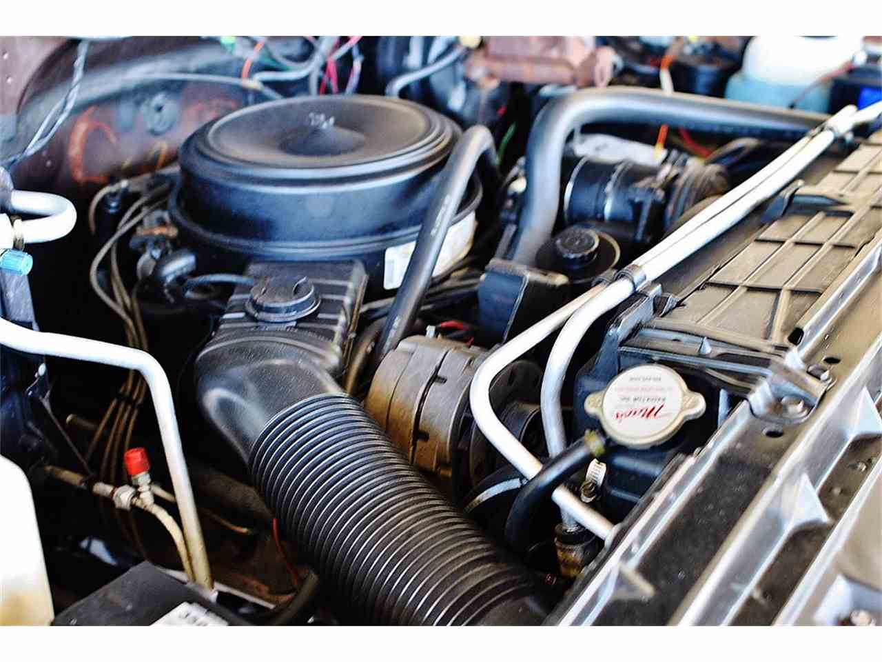 Large Picture of 1986 Chevrolet C/K 20 located in Lakeland Florida - LUL6