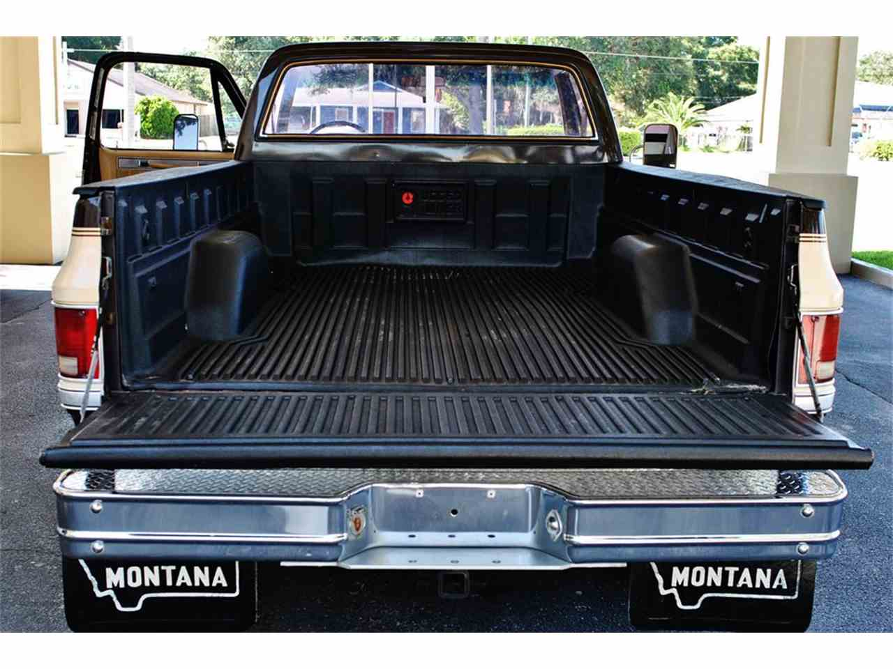 Large Picture of '86 C/K 20 located in Lakeland Florida - $17,900.00 Offered by Primo Classic International LLC - LUL6