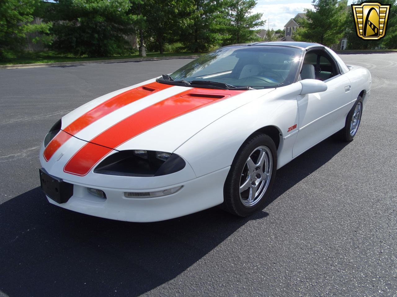 Large Picture of '97 Camaro - LULD