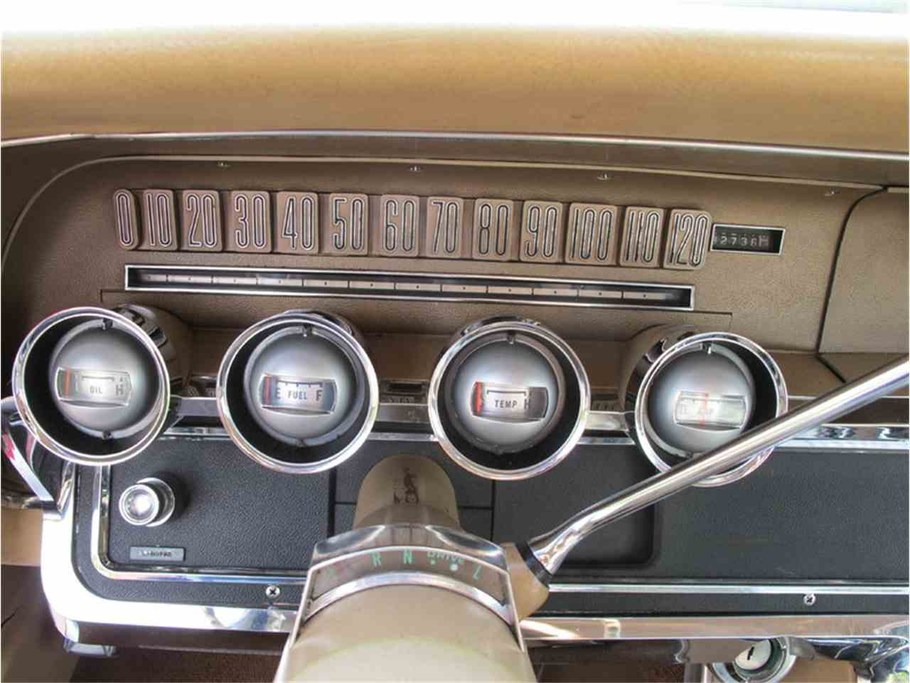 Large Picture of 1965 Ford Thunderbird - LULR