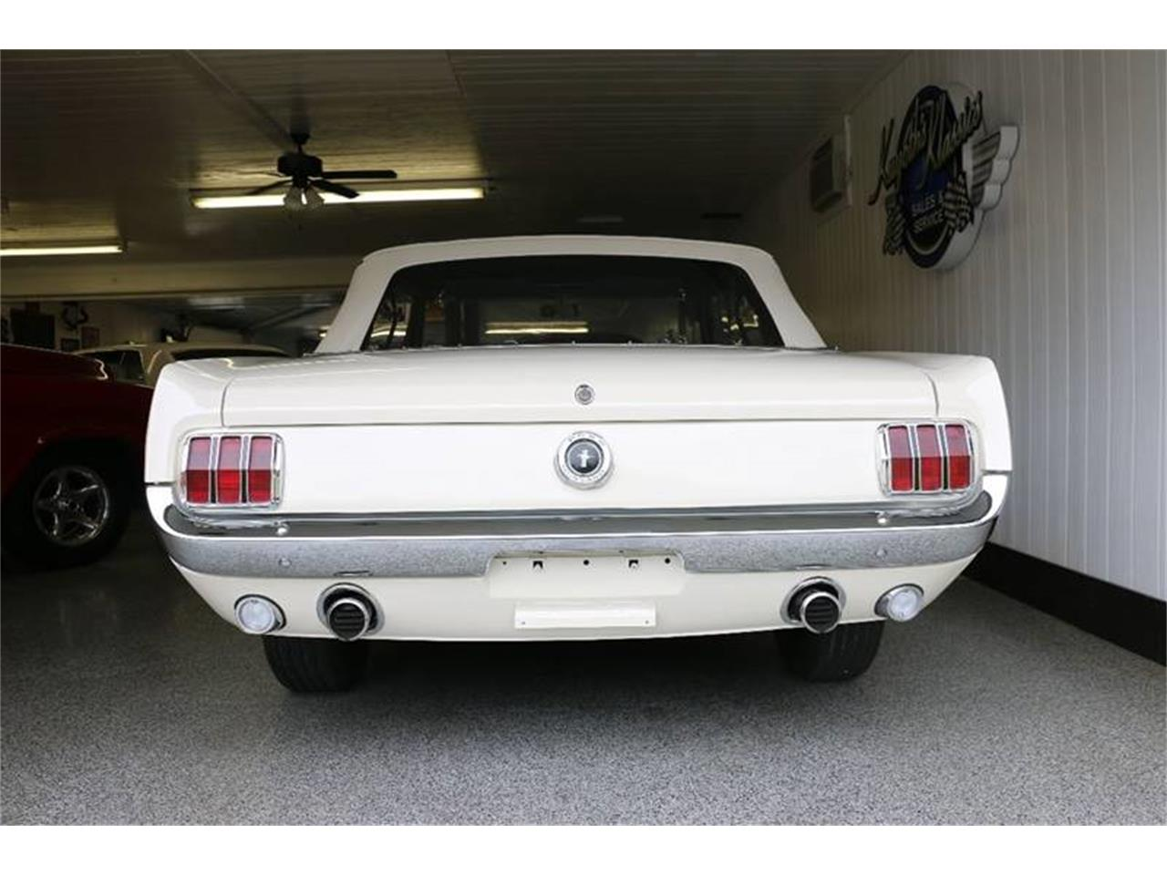 Large Picture of '66 Mustang - LUM0