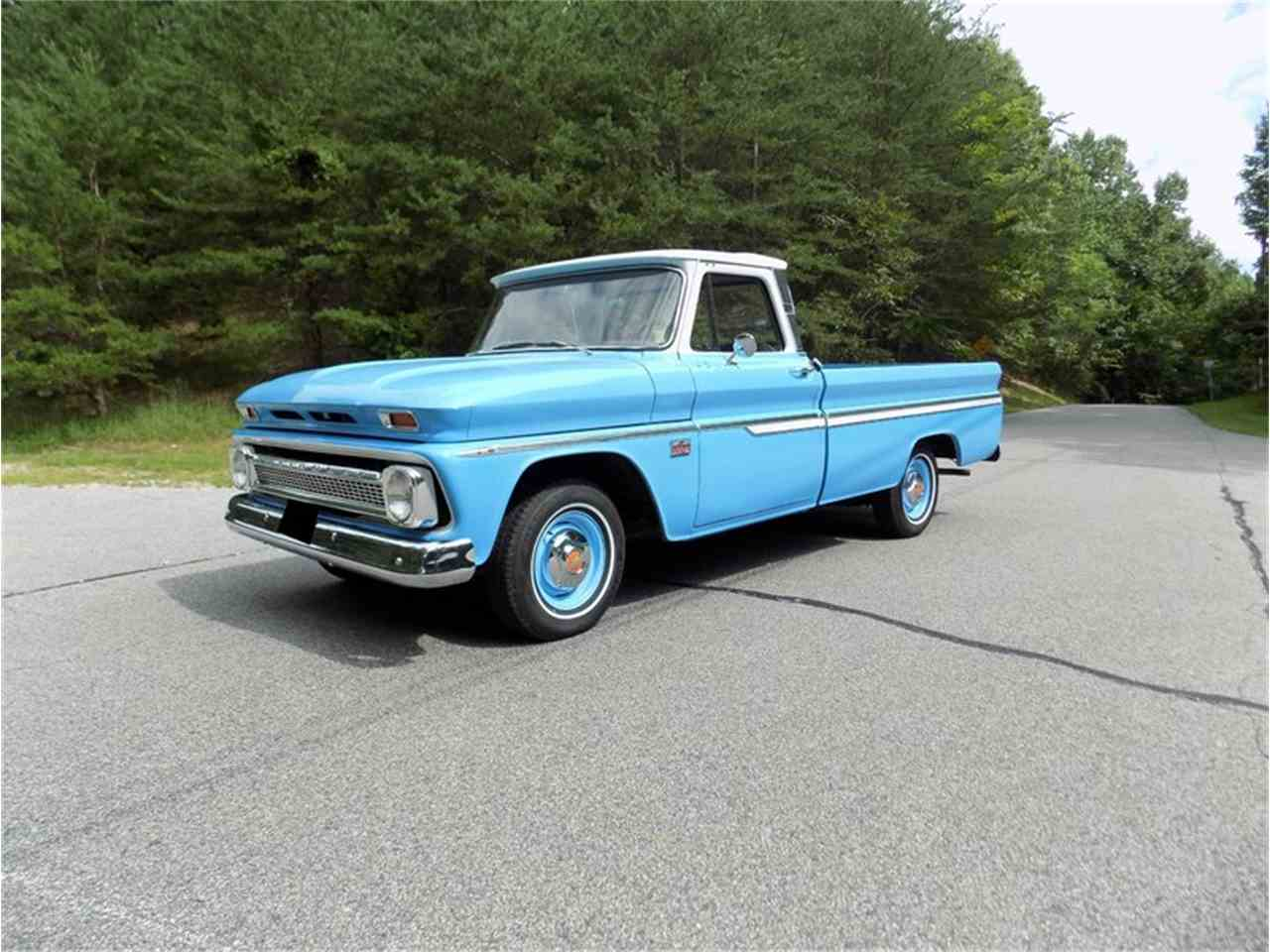 Large Picture of Classic '66 Pickup Auction Vehicle - LUMK