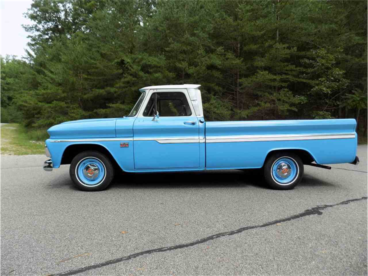Large Picture of Classic '66 Chevrolet Pickup Auction Vehicle - LUMK