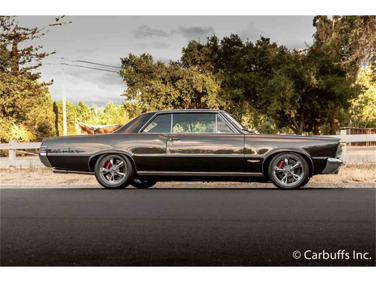 Large Picture of 1965 GTO - LUMM