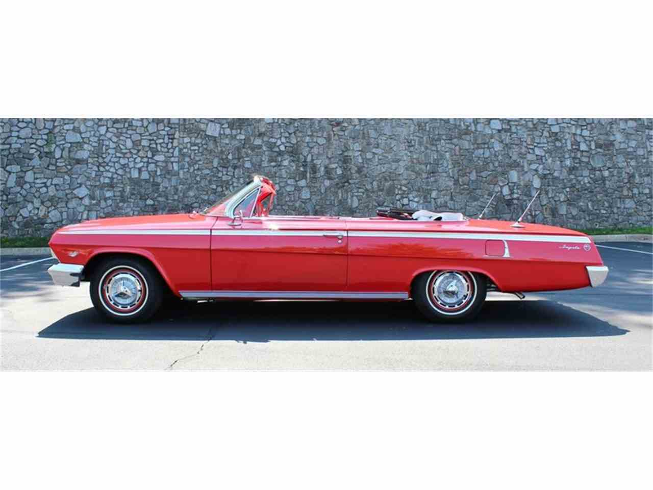Large Picture of '62 Impala SS - LUMW