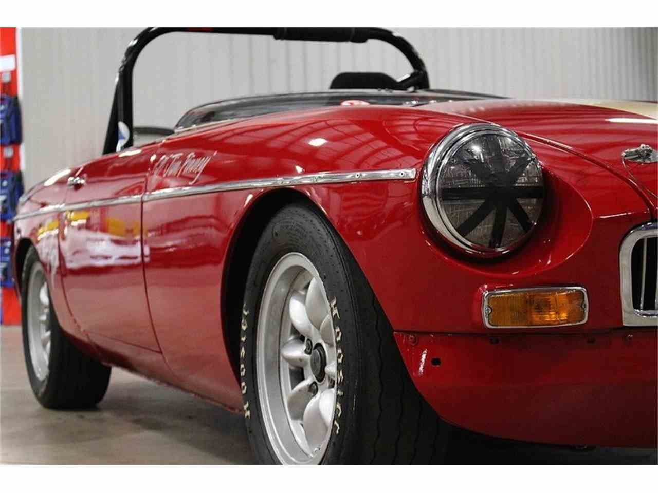 Large Picture of '65 MGB - LUNO