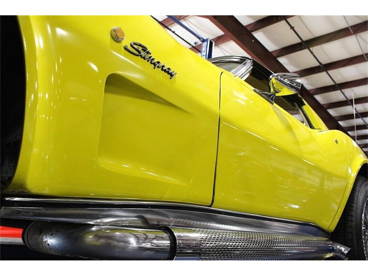 Large Picture of '76 Corvette - LUNQ