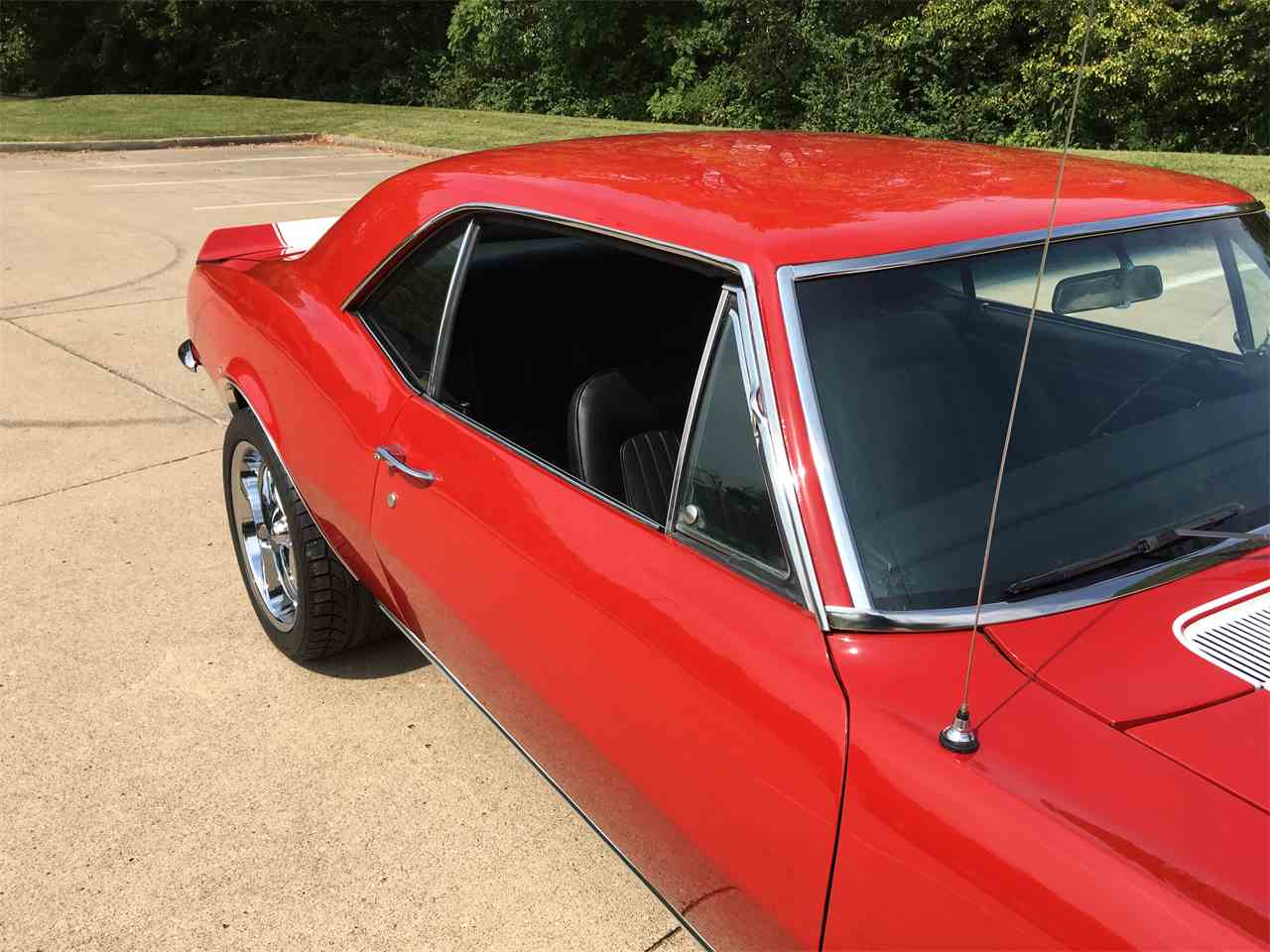 Large Picture of Classic '67 Camaro located in Jefferson City  Missouri - $36,000.00 Offered by Payne Motor Co. - LUOH