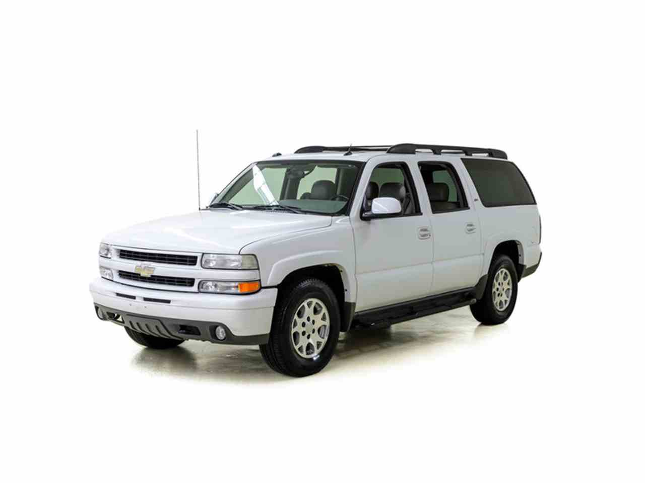 Large Picture of '05 Suburban - LUPE