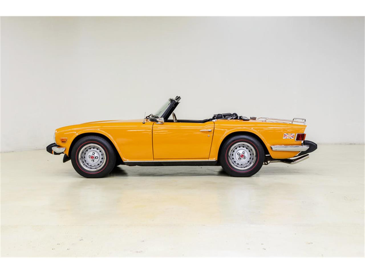 Large Picture of '76 TR6 - LUPH