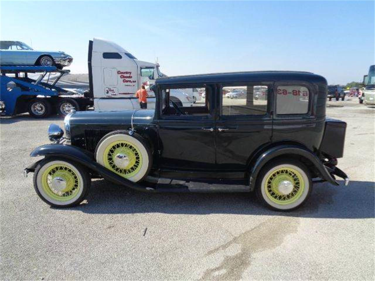 Large Picture of '31 Oldsmobile 4-Dr Sedan located in Illinois - $16,850.00 Offered by Country Classic Cars - LUPK