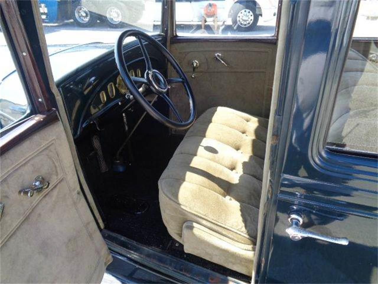 Large Picture of '31 Oldsmobile 4-Dr Sedan located in Illinois - LUPK