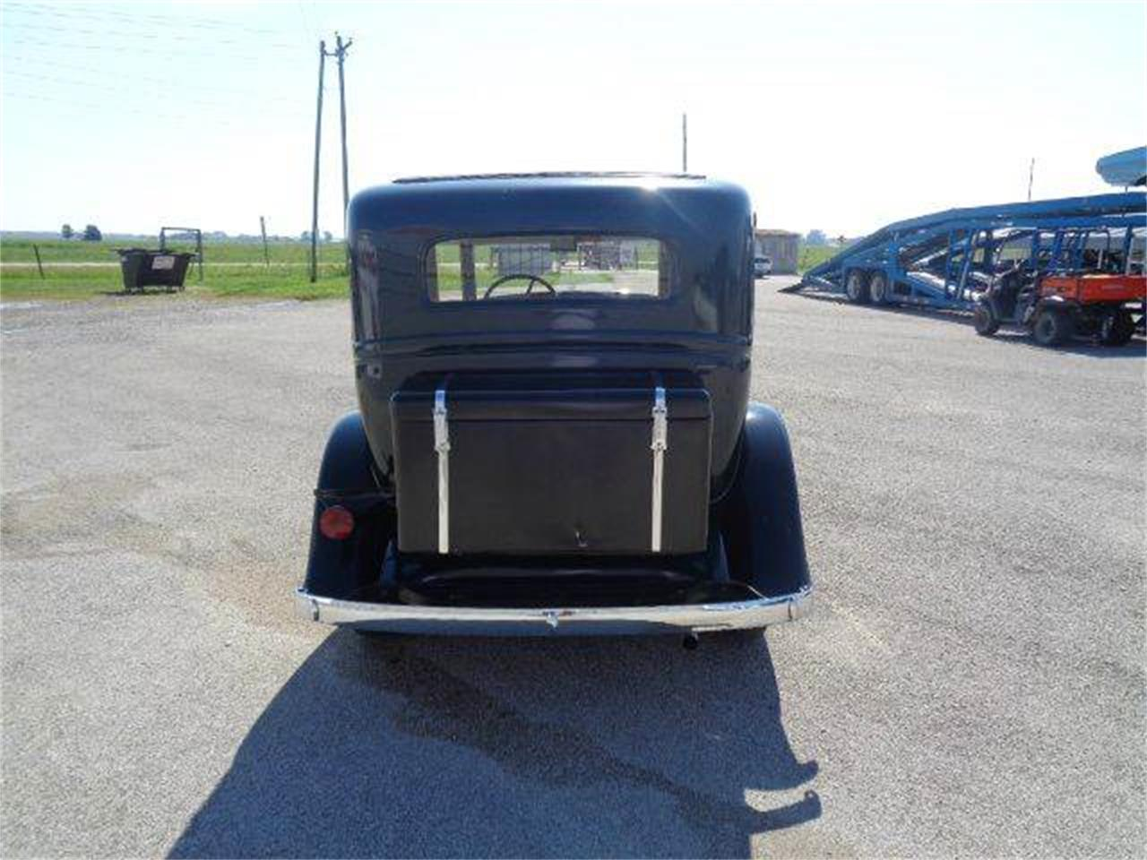 Large Picture of Classic '31 Oldsmobile 4-Dr Sedan located in Staunton Illinois Offered by Country Classic Cars - LUPK